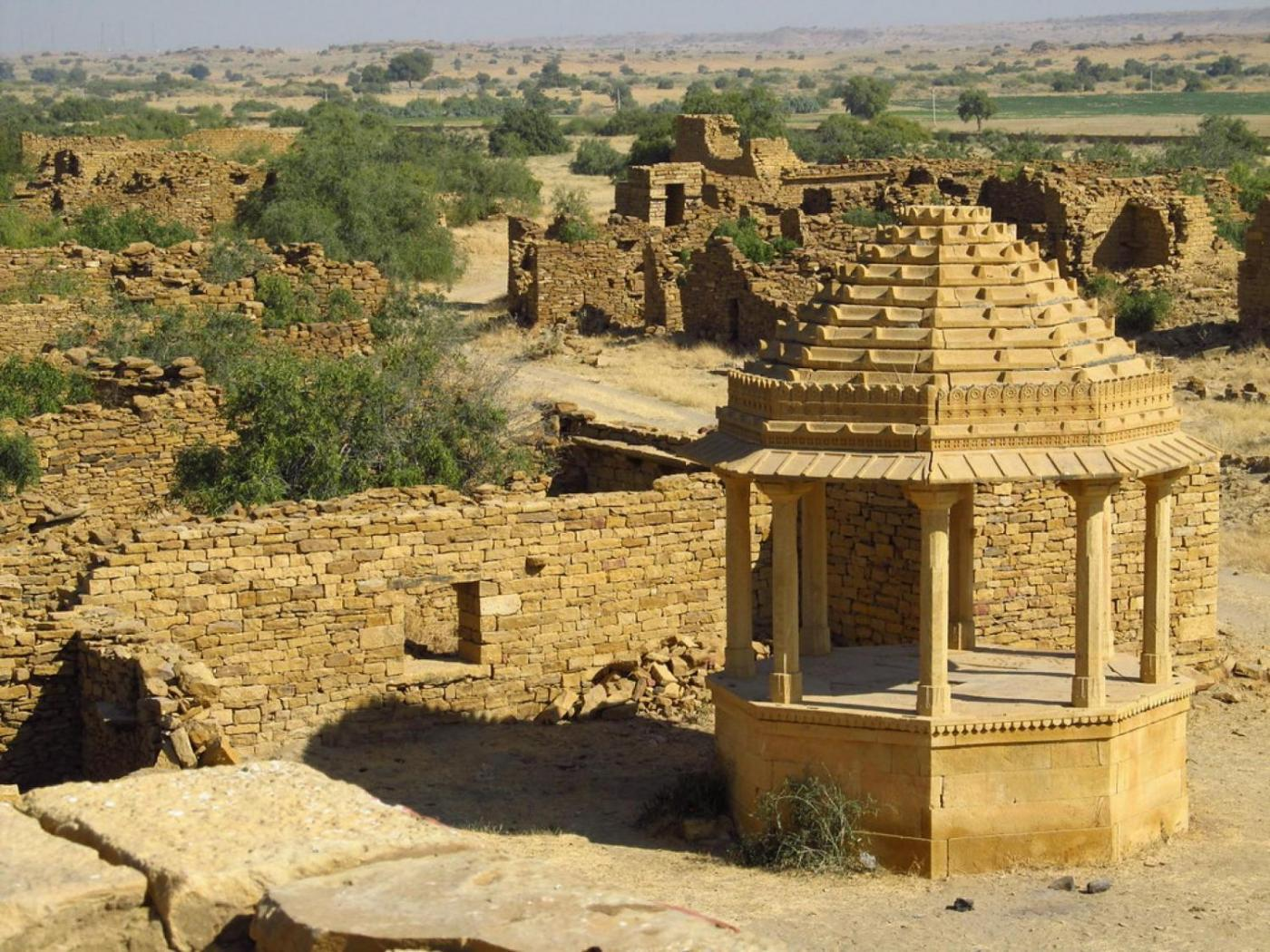 Spectacles of the Thar
